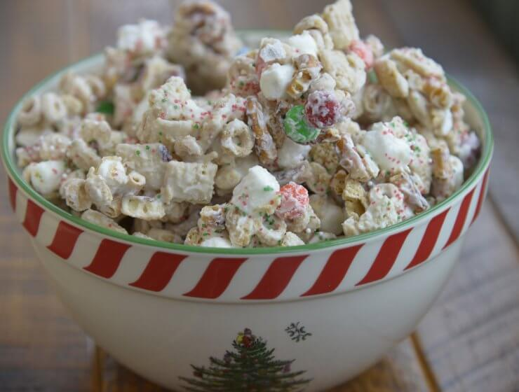 reindeer chow, easy Christmas treat